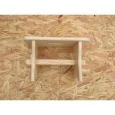 Dřevěná stolička bez šuplíku